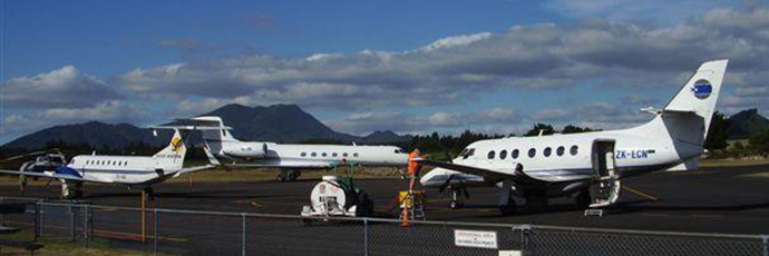 planes at Taupo Airport